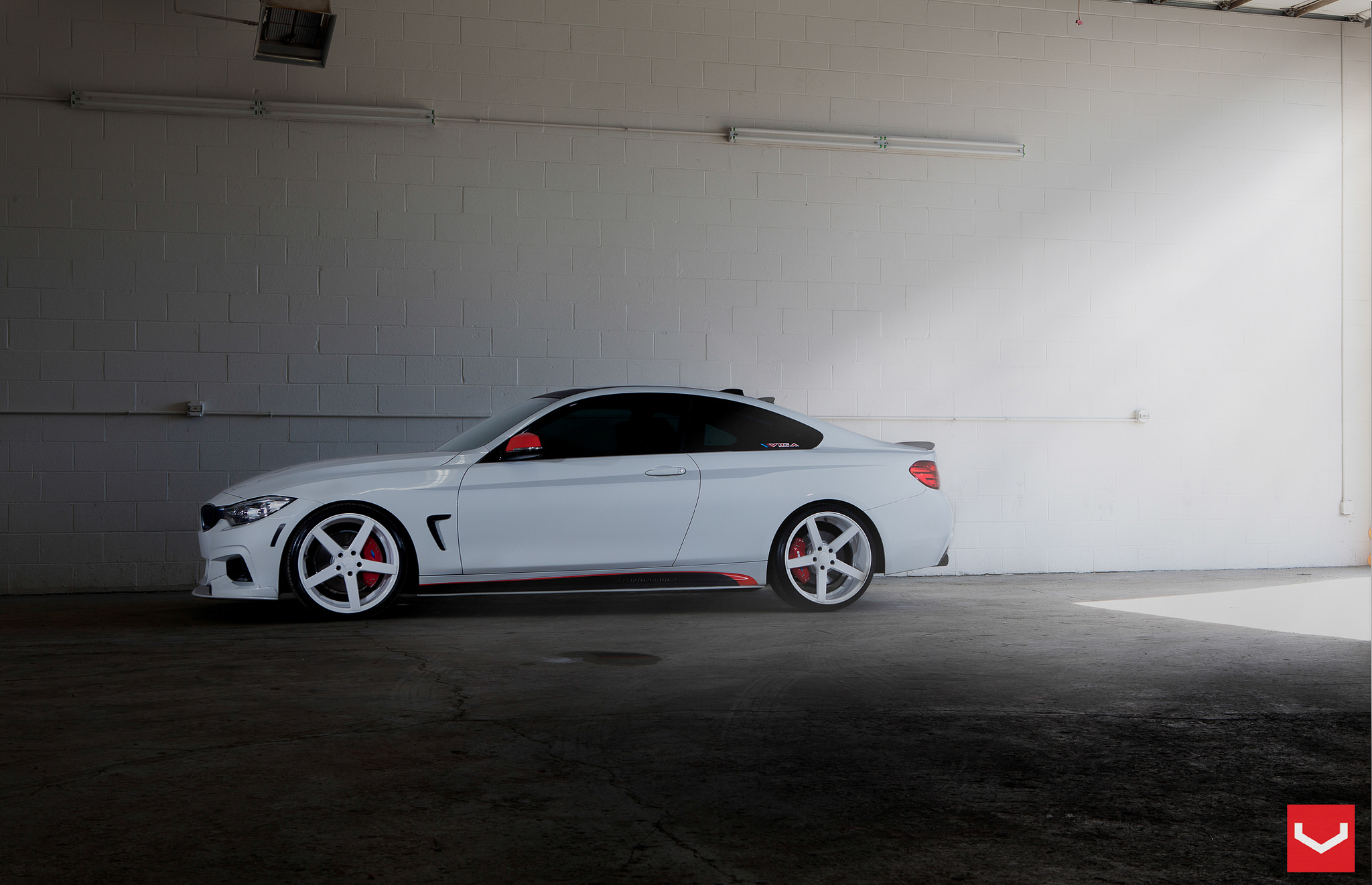 Bmw 4 Series Coupe With White Wheels Is Extreme But Good