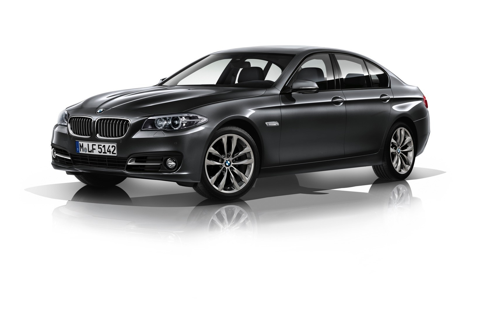 bmw 5 series edition sport coming this march autoevolution. Black Bedroom Furniture Sets. Home Design Ideas