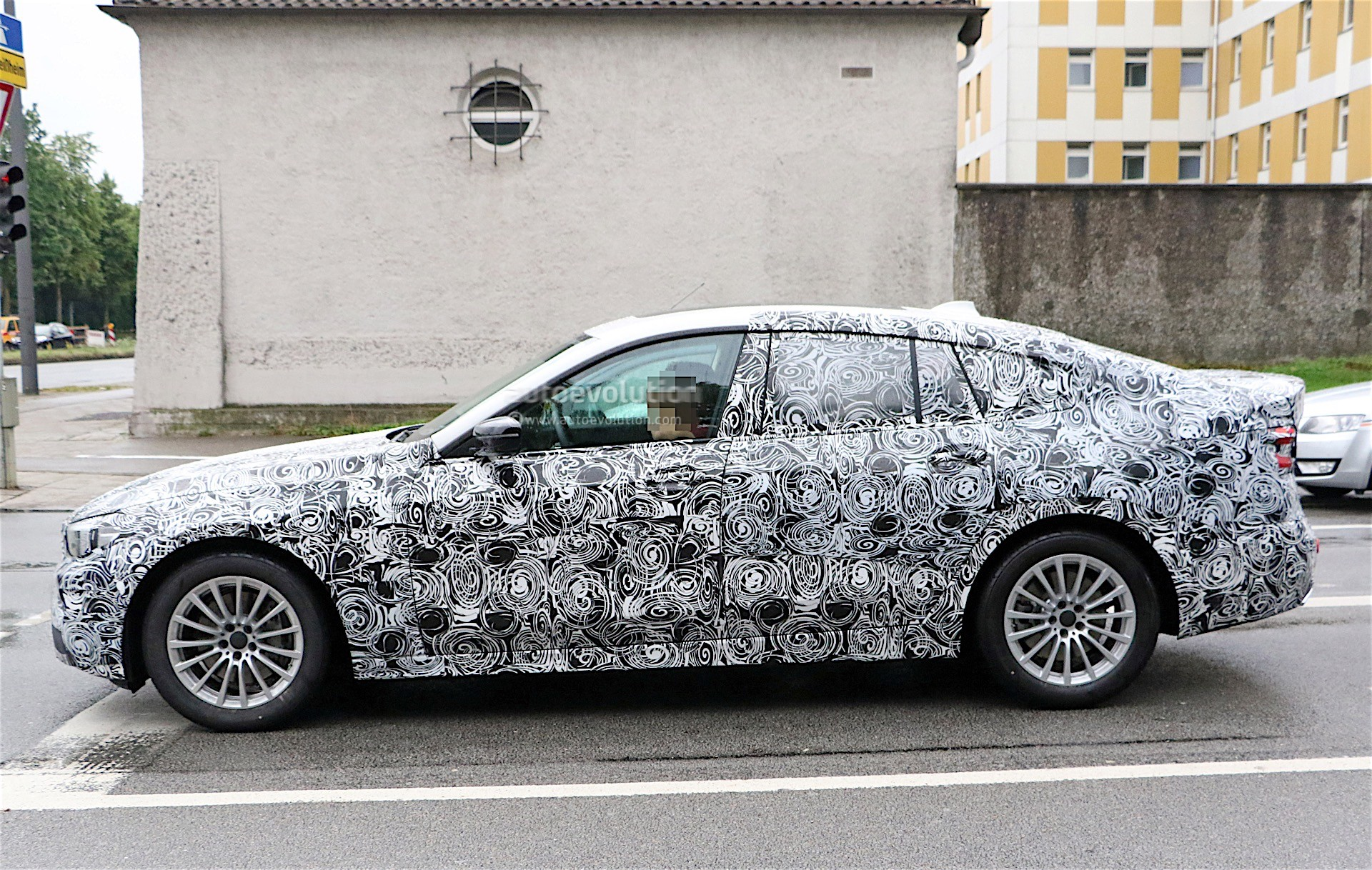 2018 bmw 5 series gt spied again we get a glimpse of the. Black Bedroom Furniture Sets. Home Design Ideas