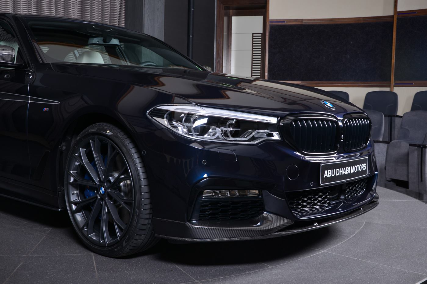 Bmw 540i With M Performance Carbon Kit Sports Carbon Black Paint