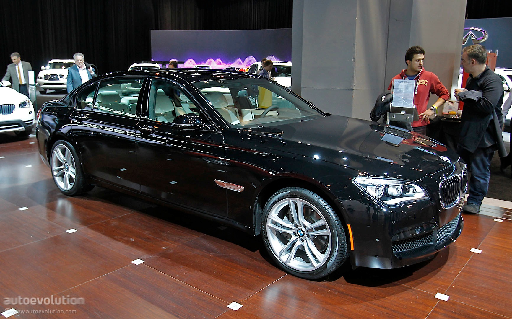 BMW 740Ld xDrive Debuts at Chicago Auto Show Live Photos