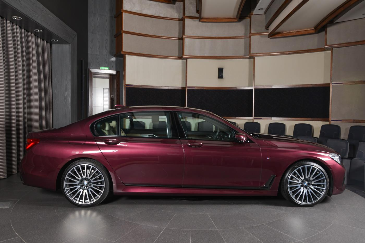 Auto Paint Colors >> BMW 740Li in Individual Wildberry Paint Looks Juicy - autoevolution