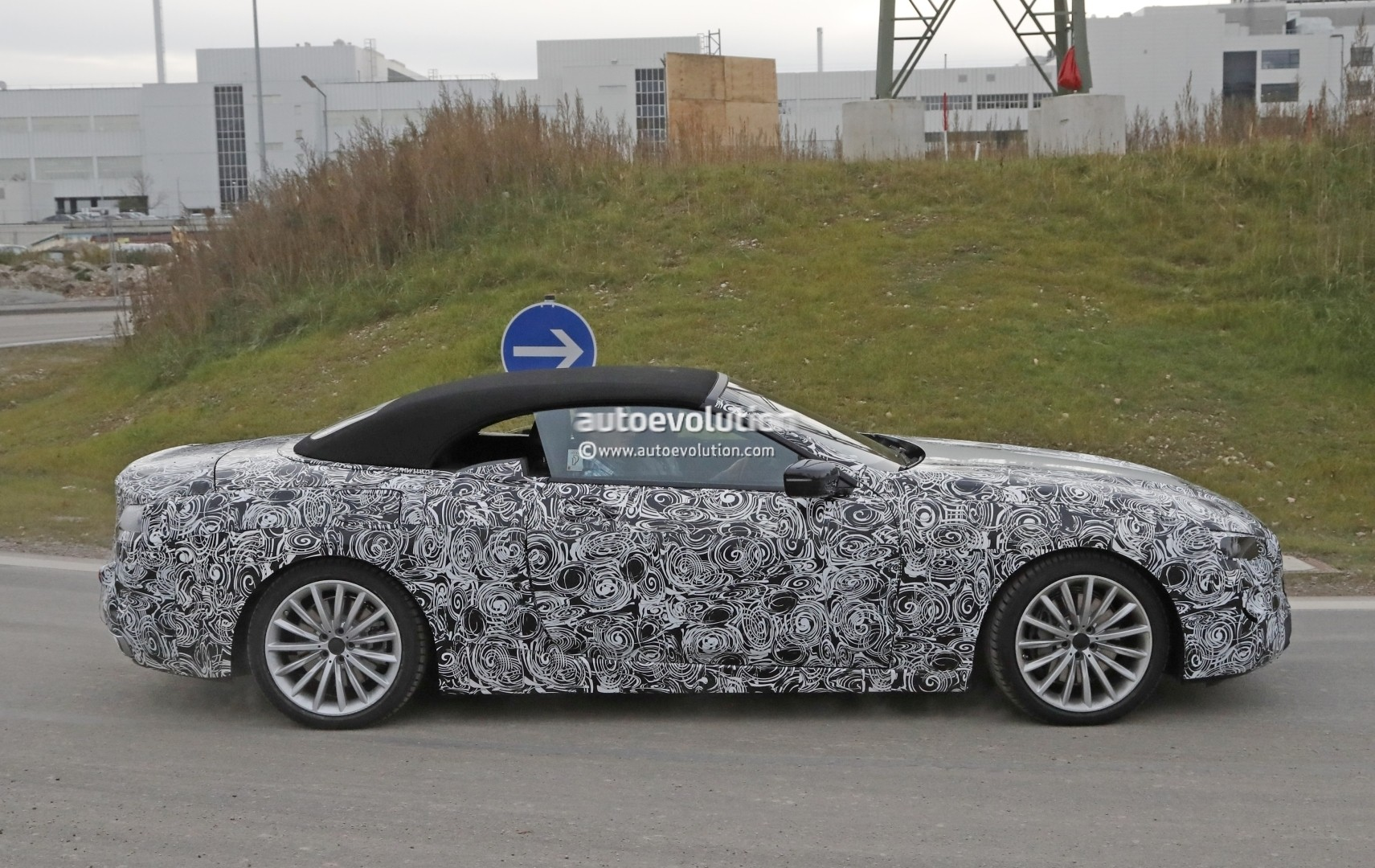 2019 - [BMW] Série 8 (G14/G15) - Page 5 Bmw-8-series-convertible-spied_17