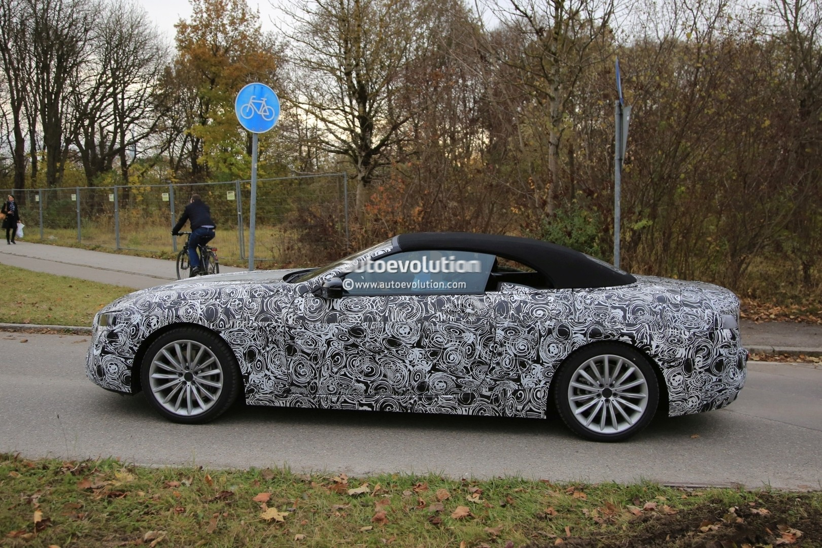 2019 - [BMW] Série 8 (G14/G15) - Page 5 Bmw-8-series-convertible-spied_5