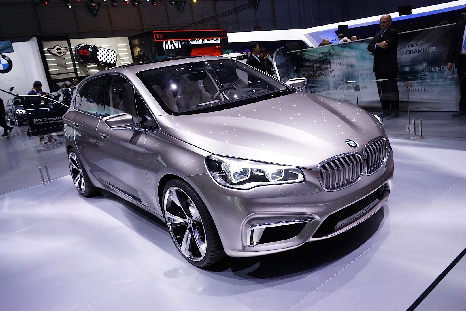 bmw active tourer concept present at geneva 2013. Black Bedroom Furniture Sets. Home Design Ideas