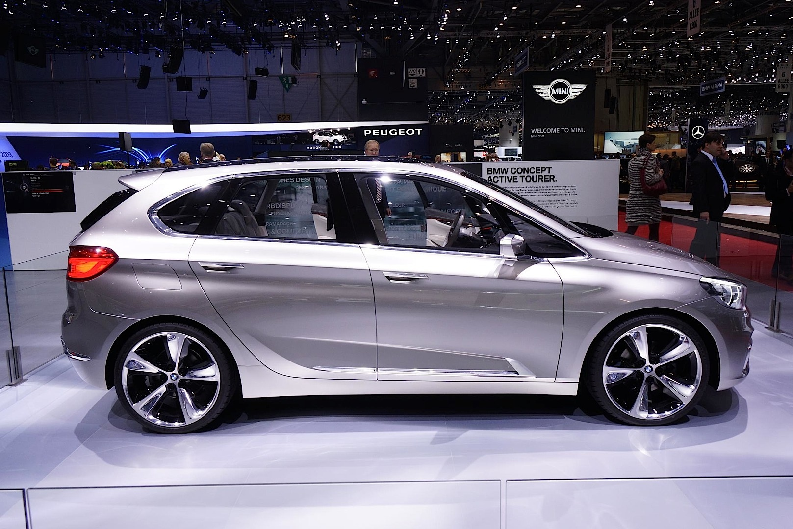 Bmw Active Tourer Concept Present At Geneva 2013
