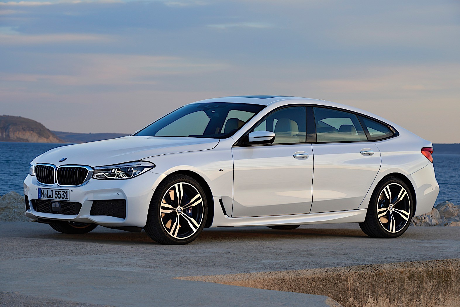 bmw adds four cylinder diesel to the 6 series gran turismo autoevolution. Black Bedroom Furniture Sets. Home Design Ideas