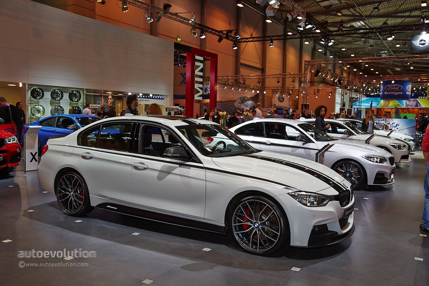 bmw brings new m performance parts to essen for m4 and x4. Black Bedroom Furniture Sets. Home Design Ideas