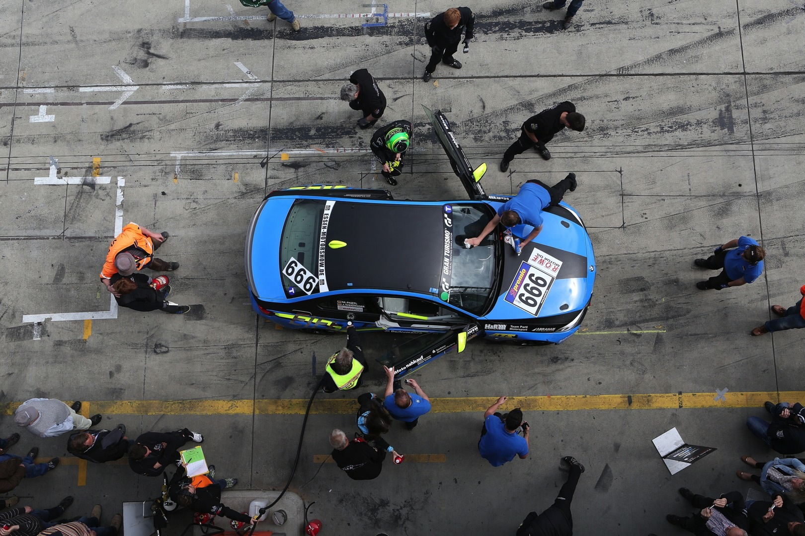 Up Close With A Gumball 3000 Bmw Z4 Gt3 By West Coast