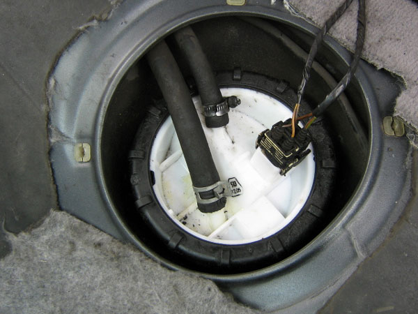 Bmw E36 3 Series Fuel Pump Replacement Diy Autoevolution