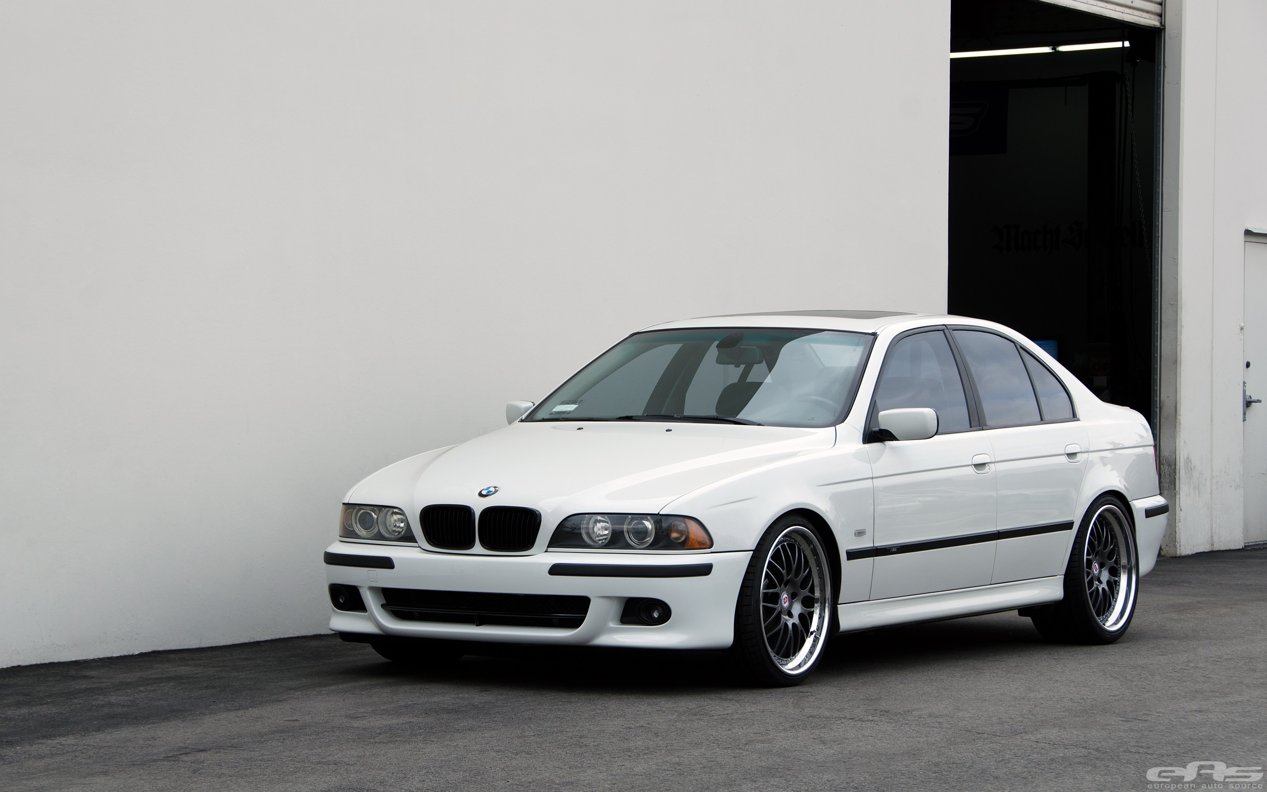 Bmw E39 530i Gets Lower At Eas Still Looks Good