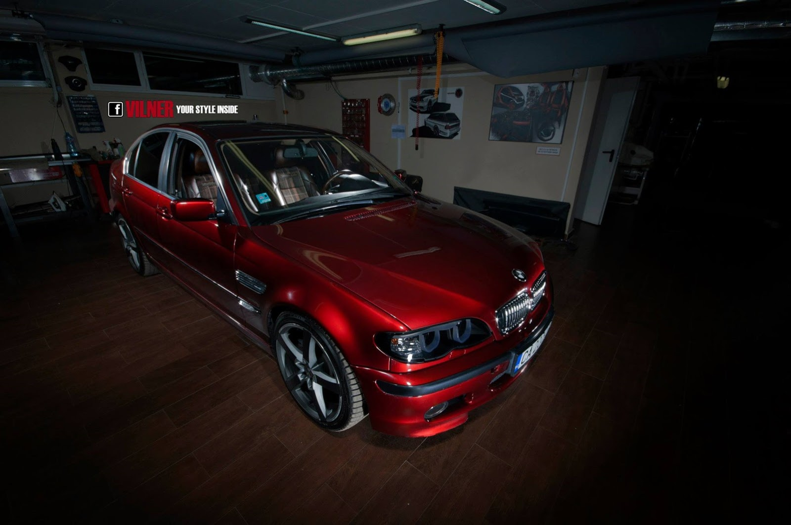 Bmw e46 3 series gets hipster interior from vilner for Bmw nasa garage juillet niort