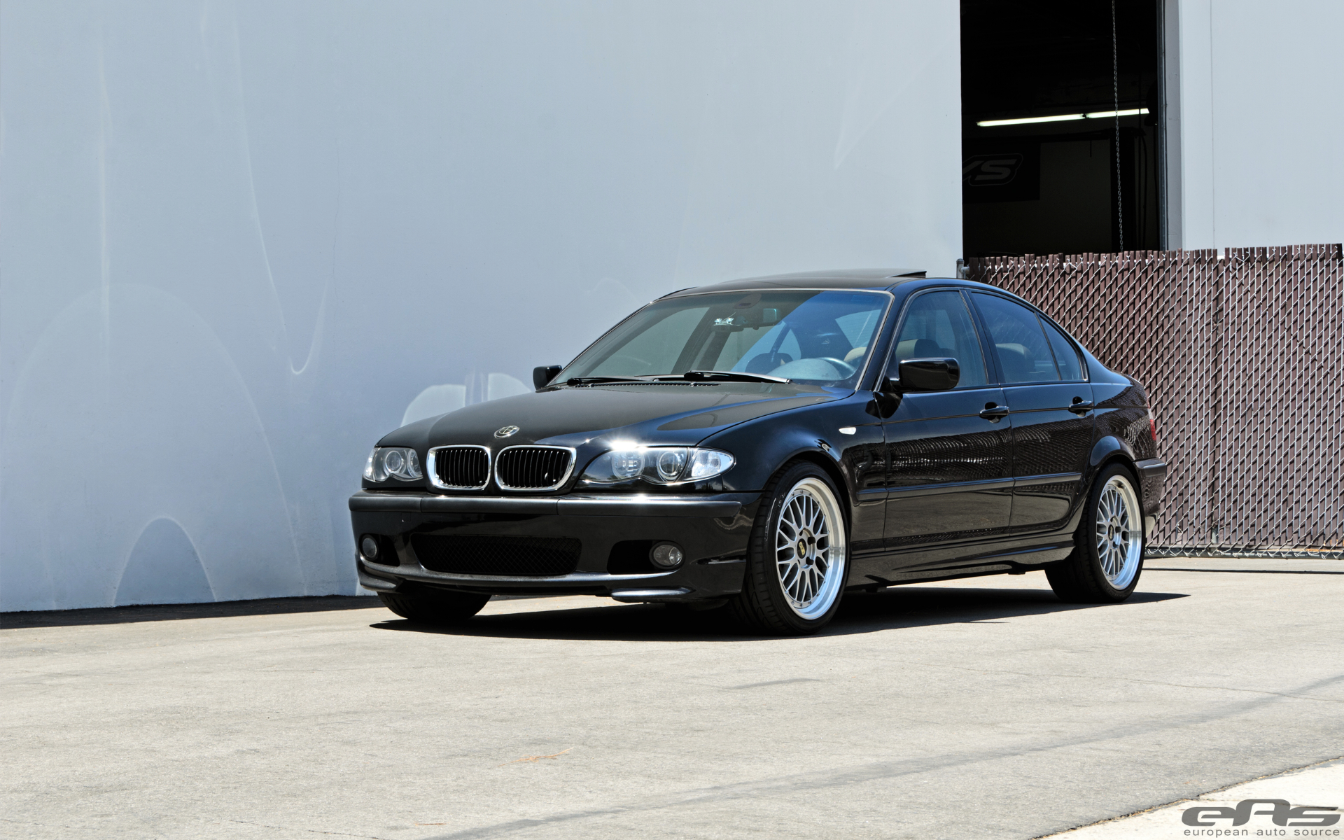 bmw e46 330i gets supercharged into an m3 sedan autoevolution. Black Bedroom Furniture Sets. Home Design Ideas