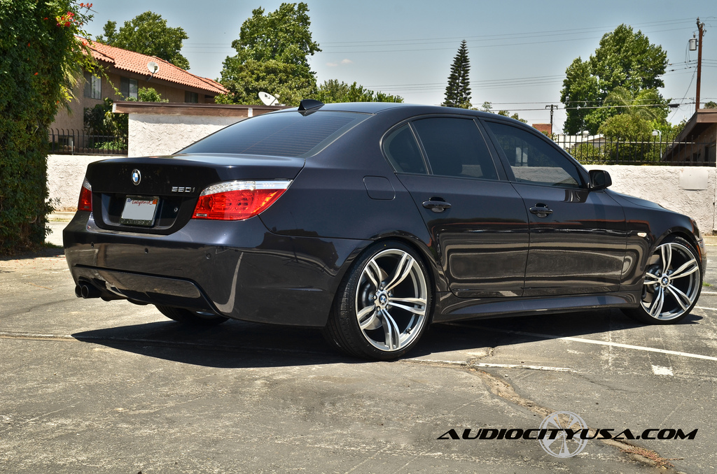 bmw e60 5 series rides on f10 m5 replica wheels. Black Bedroom Furniture Sets. Home Design Ideas