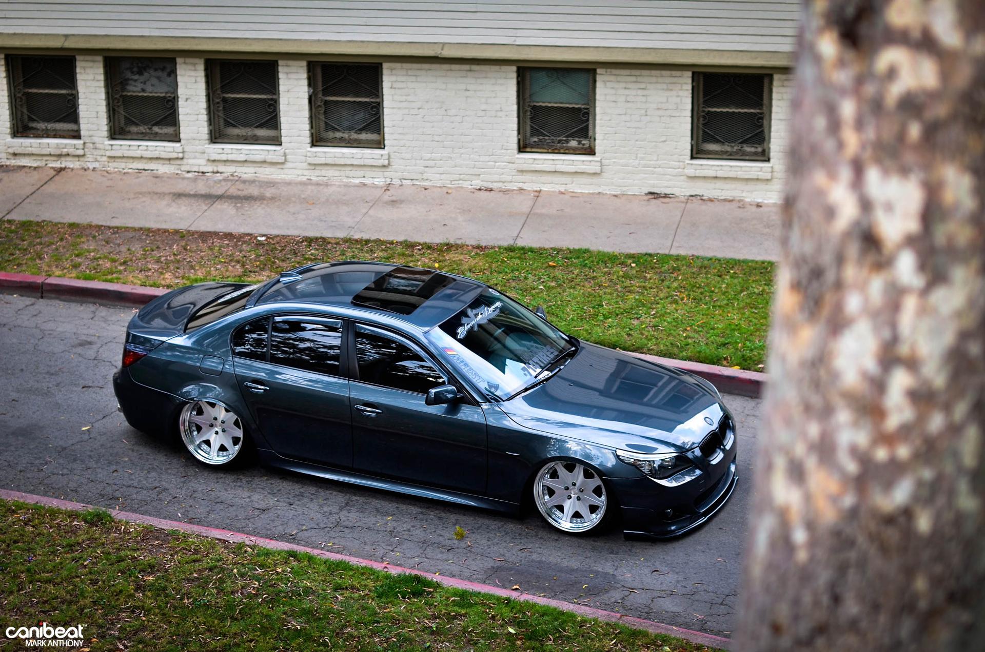 Bmw E60 528i Strolls Through La With Style Autoevolution