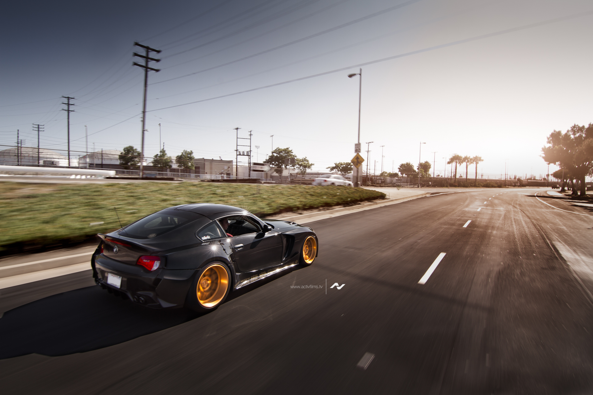 bmw-e86-z4-m-by-slek-design-is-unique-video_9.jpg