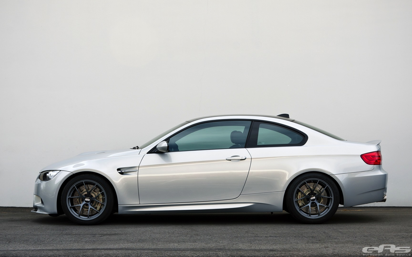 Bmw E92 M3 Gets A Complete Make Over At Eas Autoevolution