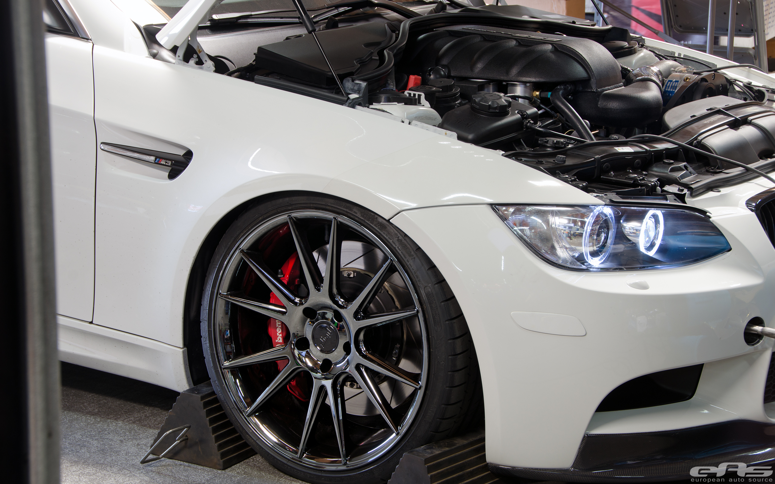 Bmw E93 M3 Convertible Gets Shiny Wheels At Eas