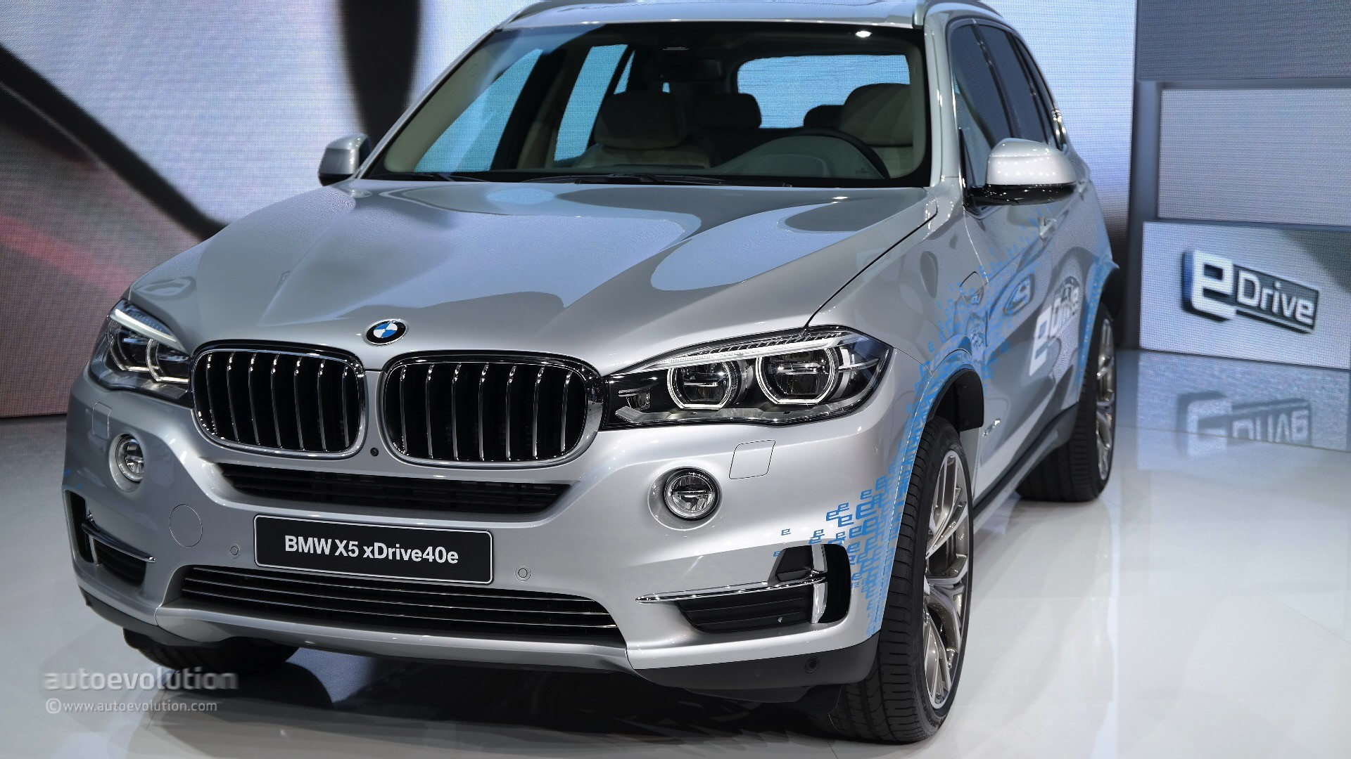 bmw exposed the powertrain of the new x5 xdrive40e plug in. Black Bedroom Furniture Sets. Home Design Ideas
