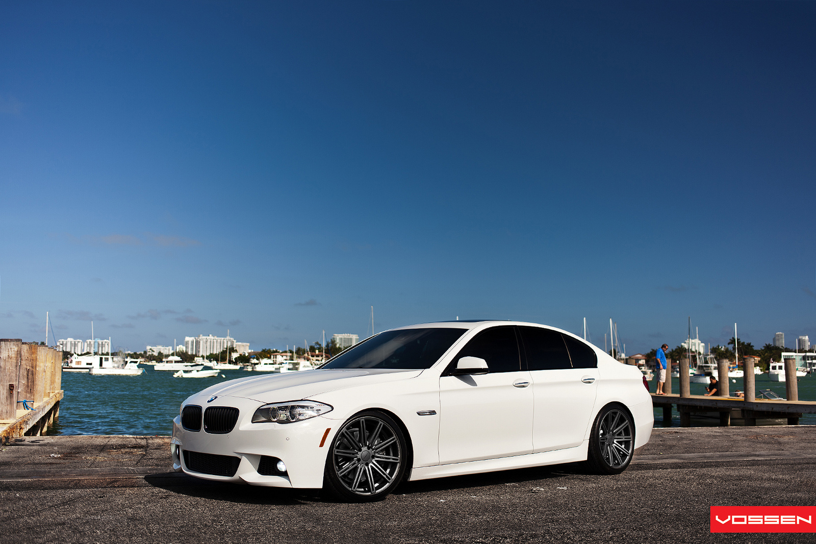 bmw f10 5 series on vossen cv 4 wheels autoevolution. Black Bedroom Furniture Sets. Home Design Ideas