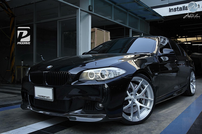 bmw f10 550i has modulare wheels in bangkok autoevolution. Black Bedroom Furniture Sets. Home Design Ideas