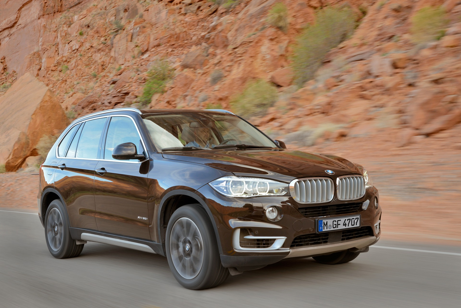2014 BMW F15 X5 Officially Unveiled - autoevolution