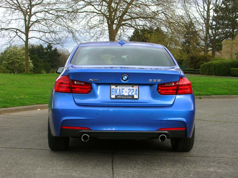 BMW F30 335i xDrive M Sport Review by Autos.ca - autoevolution