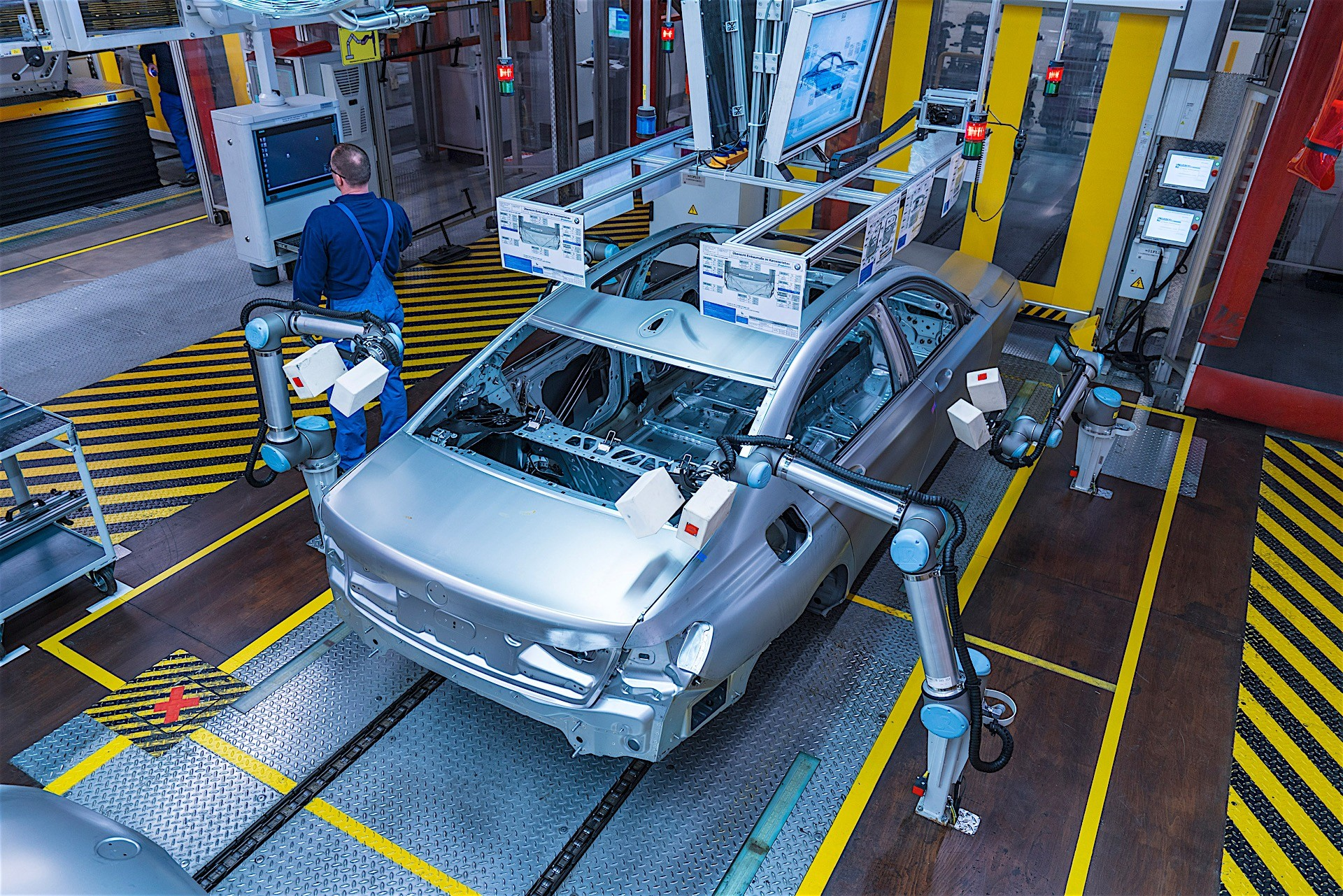 from being a maintenance planner at bmw A bmw mechanic's median annual salary is about $37,000, but is it worth the training requirements read real job descriptions and see the truth about career prospects to decide if becoming a bmw mechanic is right for you.