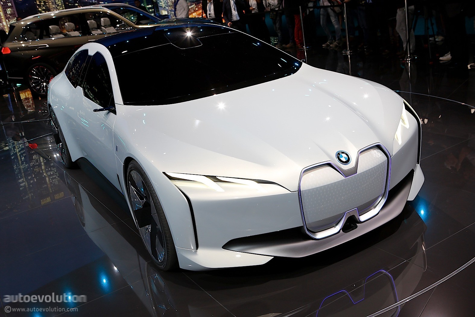 BMW i Vision Dynamics Previews a Future Tesla Model 3 Hunter ...