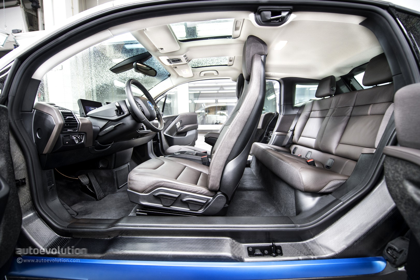 BMW i3 Wins Green Car of the Year Award 2015  autoevolution