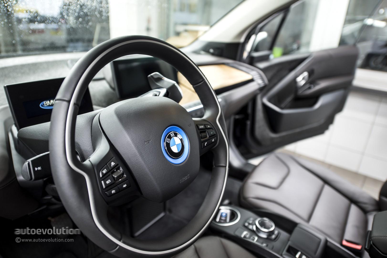 Us Auto Sales >> BMW i3 Wins Green Car of the Year Award 2015 - autoevolution
