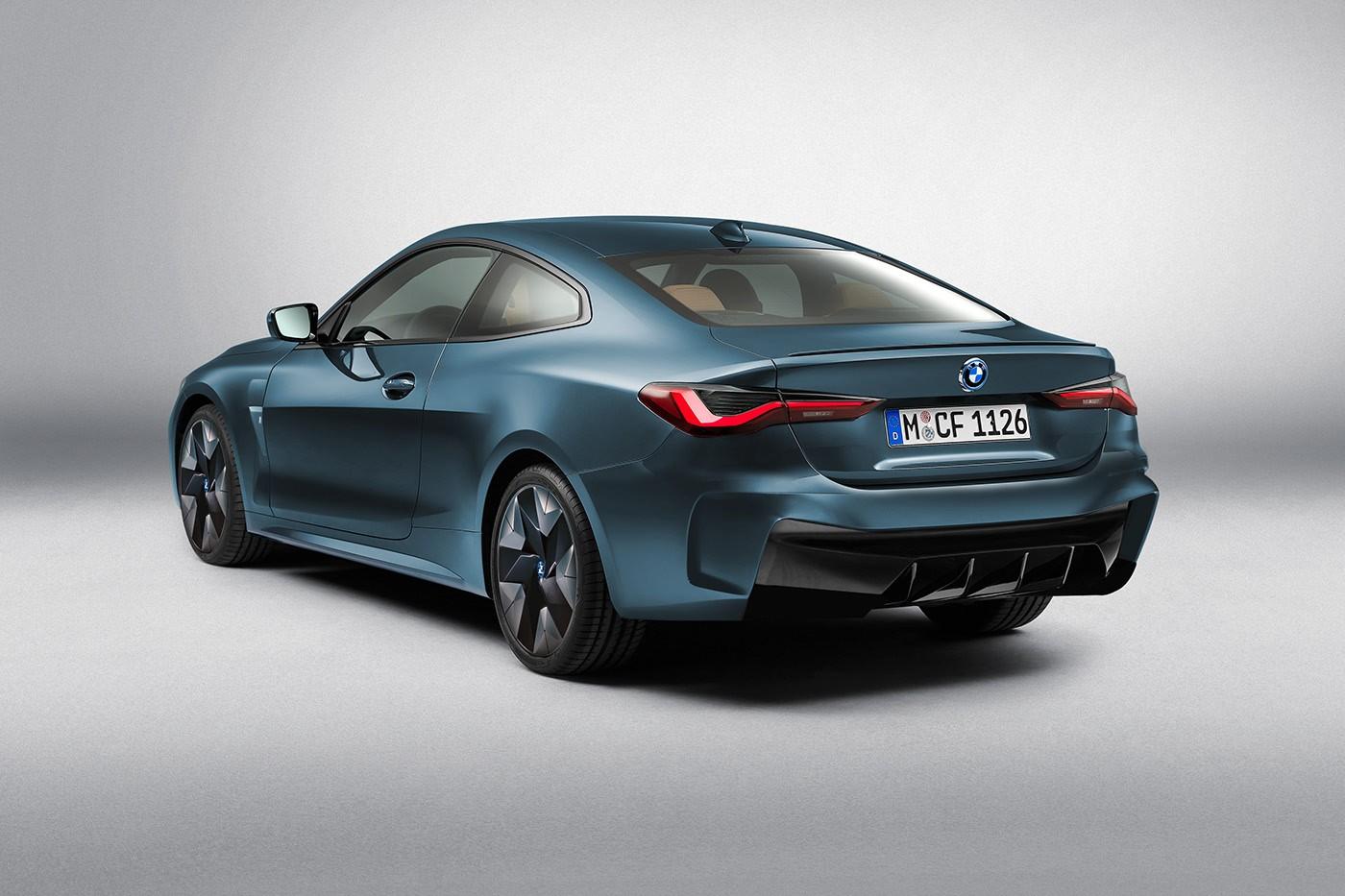 2021 BMW i4 27