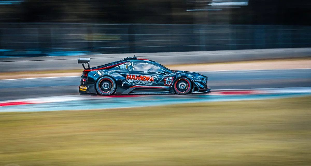 Bmw I8 Gtr Silhouette Racing Car Abandons Plug In