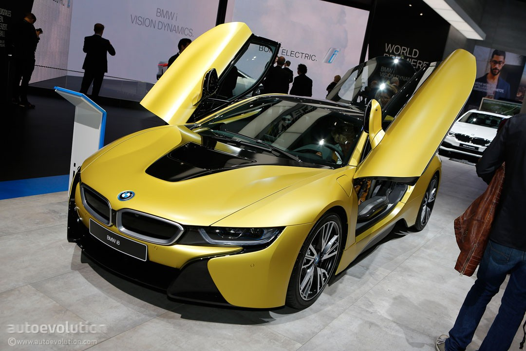 bmw i8 protonic frozen yellow edition is yellow not sure about protonic autoevolution. Black Bedroom Furniture Sets. Home Design Ideas