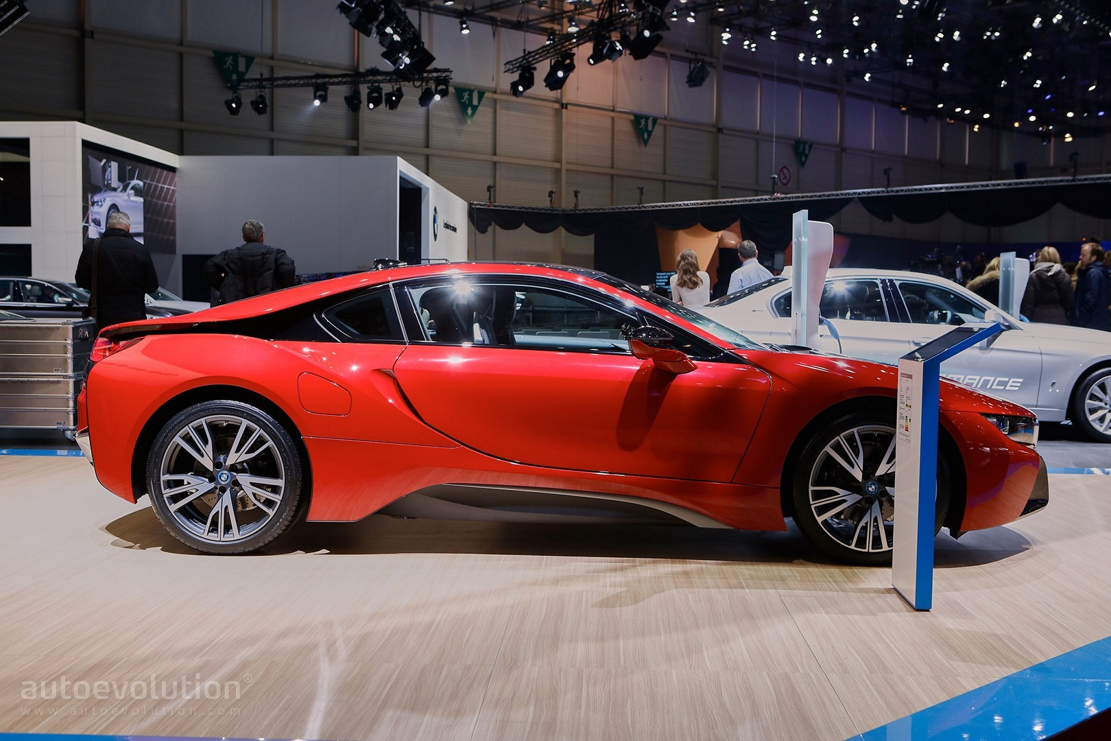 bmw i8 protonic red edition is the beginning of something hot in geneva autoevolution. Black Bedroom Furniture Sets. Home Design Ideas
