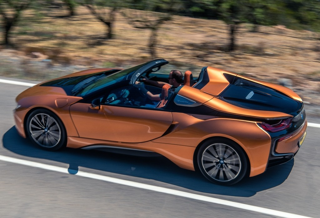Bmw I8 Roadster Launched In Britain Costs 163 124 735
