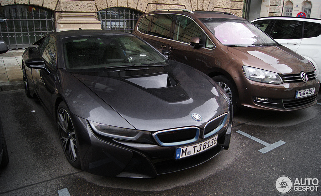 Bmw I8 Spotted In Munchen Ready For Tests Autoevolution
