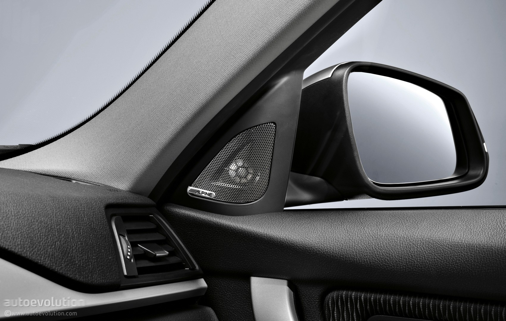 Bmw X5 Interior >> BMW Launches Impressive Range of Accessories as Christmas Gift Ideas - autoevolution