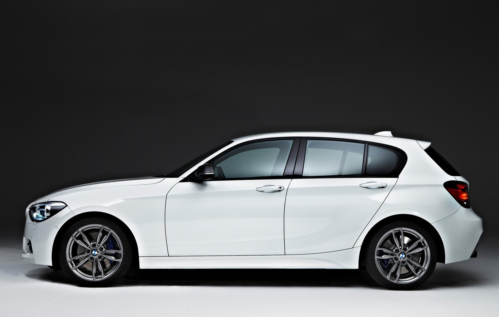 Bmw M135i Details Video Autoevolution