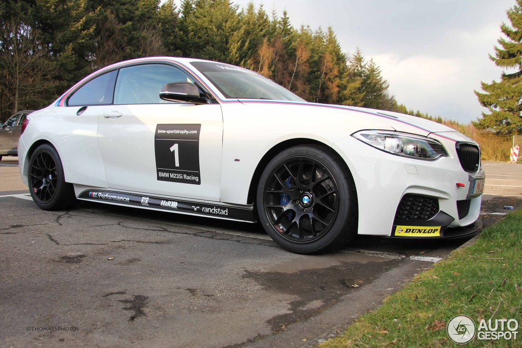 bmw m235i racing spotted on public roads autoevolution. Black Bedroom Furniture Sets. Home Design Ideas