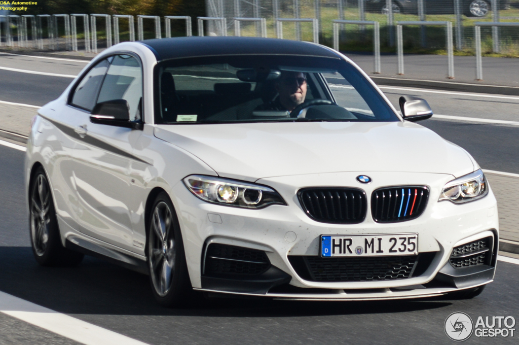 bmw m235i track edition spotted in germany autoevolution. Black Bedroom Furniture Sets. Home Design Ideas