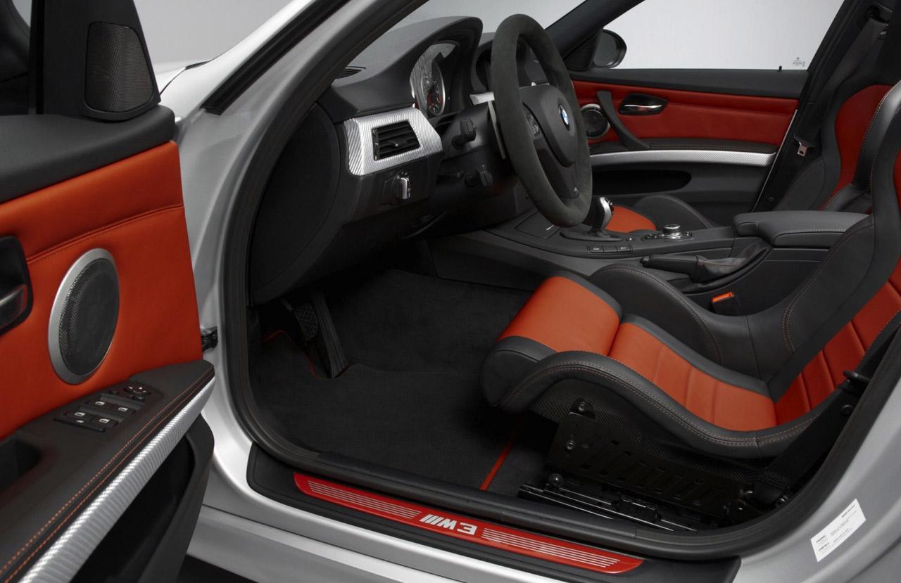 Bmw m3 crt enjoys a carbon fiber diet autoevolution for Interieur cuir bmw e90