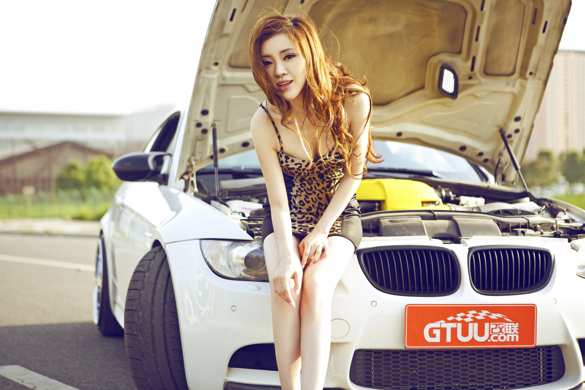 Bmw M3 Presents Chinese Redhead Or Is It The Other Way