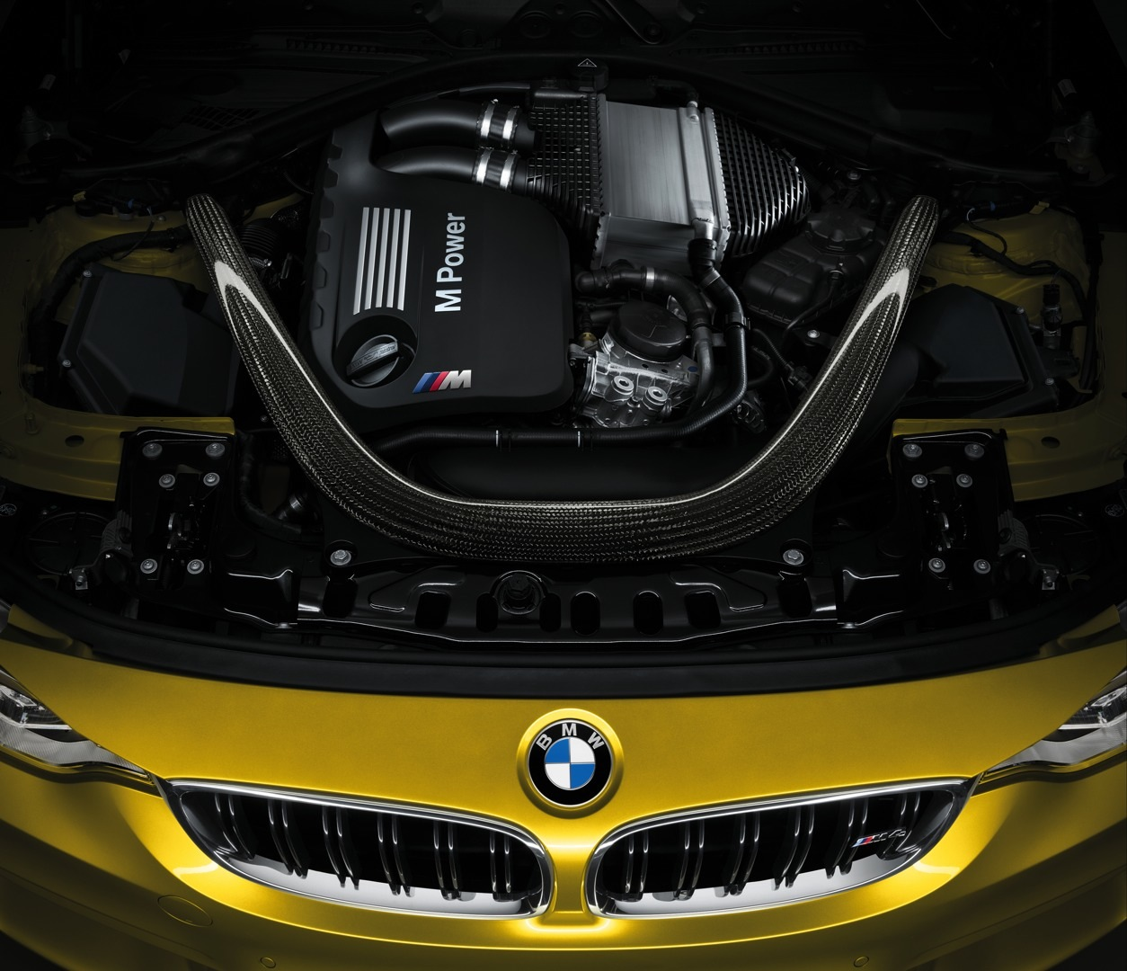 BMW M3 Sedan and M4 Coupe Officially Unveiled - autoevolution