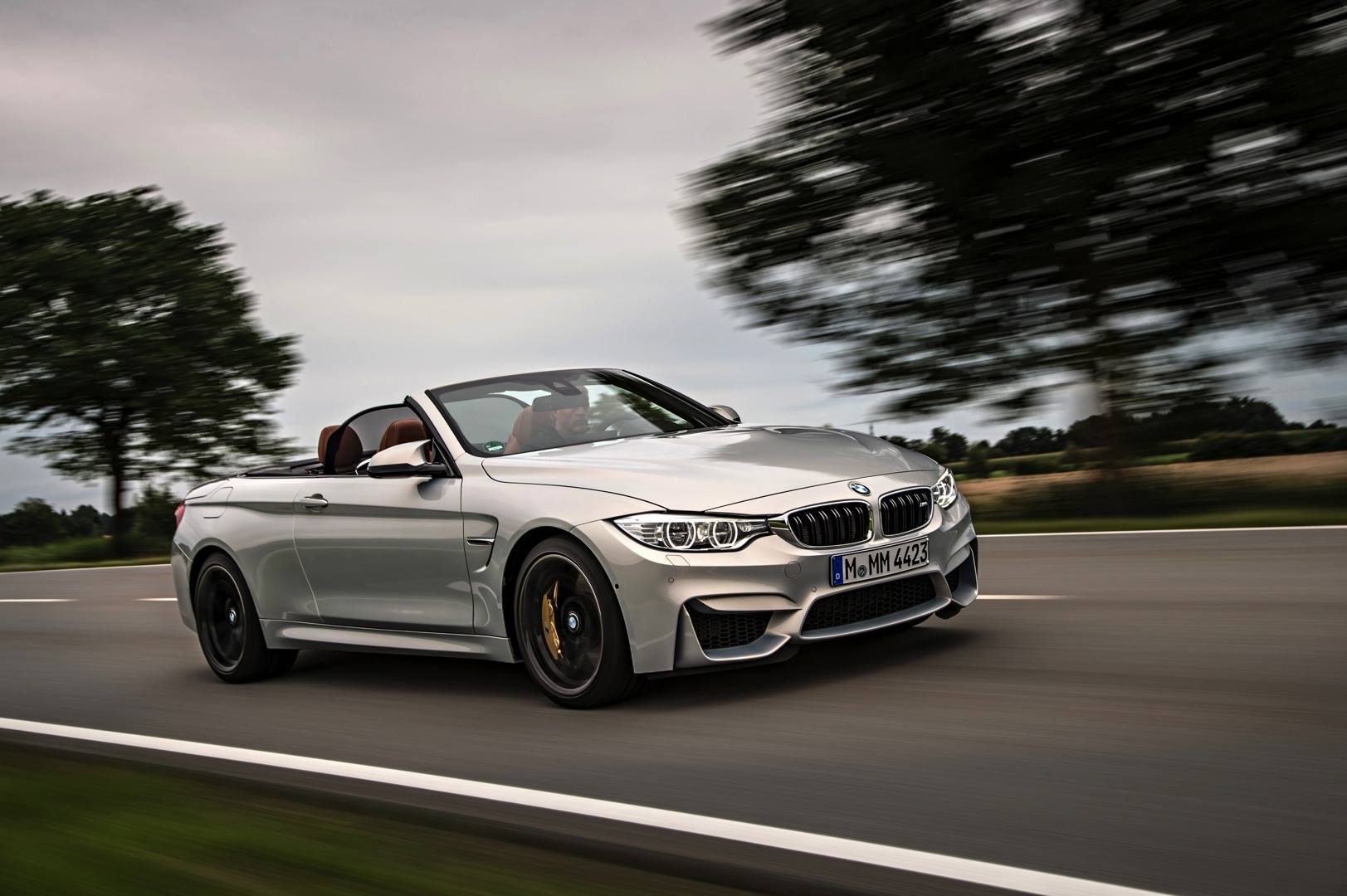 Bmw M4 Convertible Launched In Individual Moonstone Metallic Autoevolution