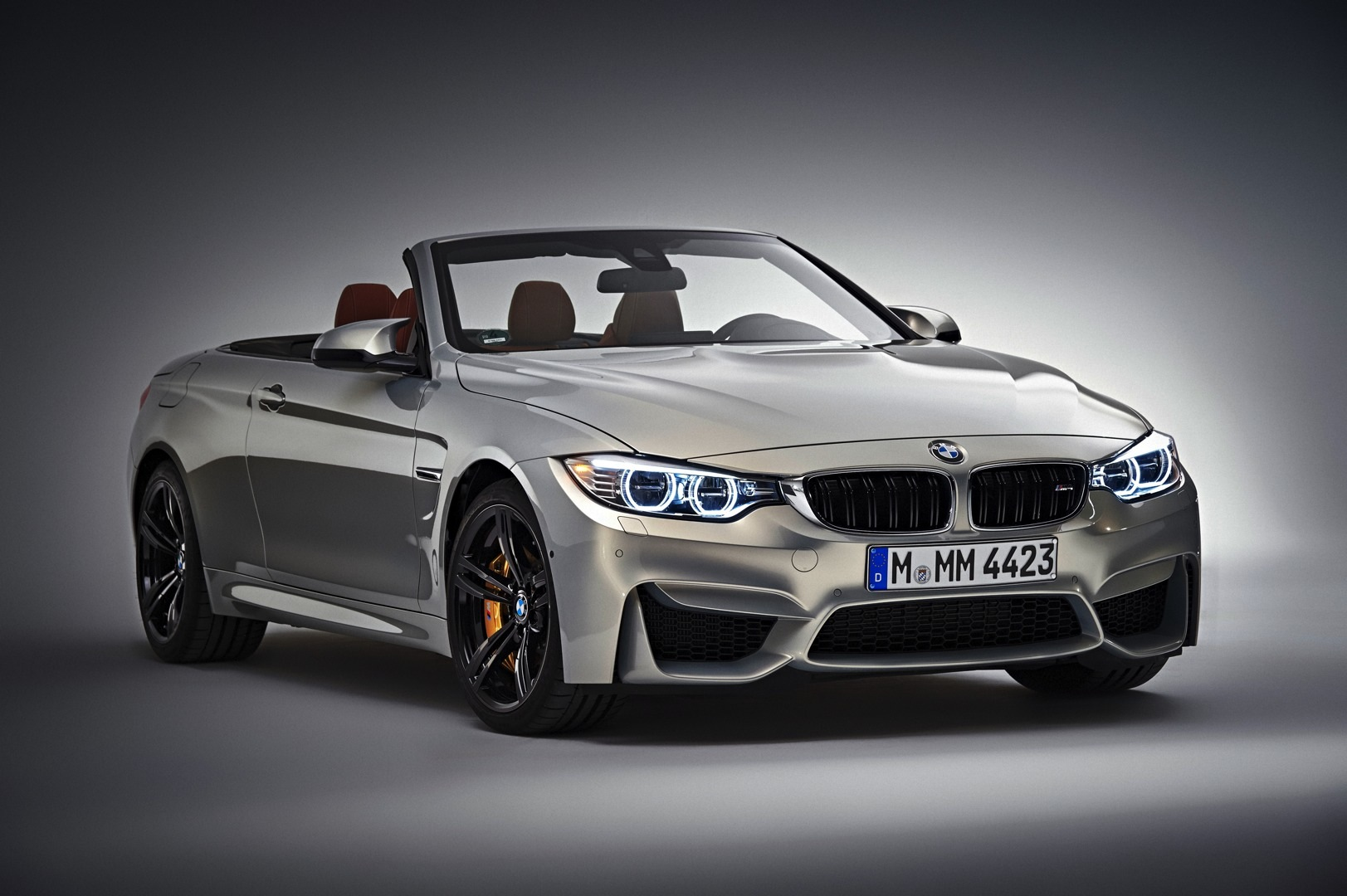 bmw m4 convertible launched in individual moonstone. Black Bedroom Furniture Sets. Home Design Ideas