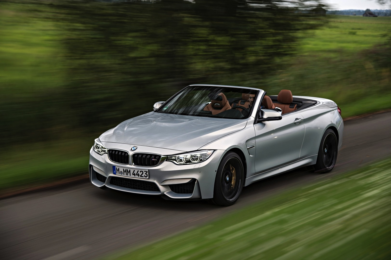 bmw m4 convertible launched in individual moonstone metallic autoevolution. Black Bedroom Furniture Sets. Home Design Ideas