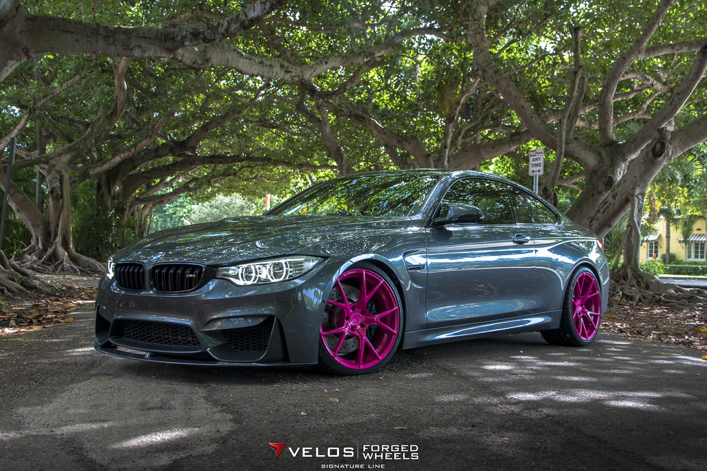 Bmw M4 On Pink Wheels Poses For Breast Cancer Awareness Autoevolution