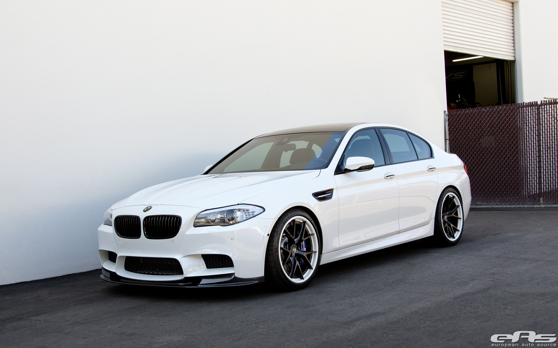 BMW M5 on HRE Wheels Looks Like an Early 1920s Gangster ...