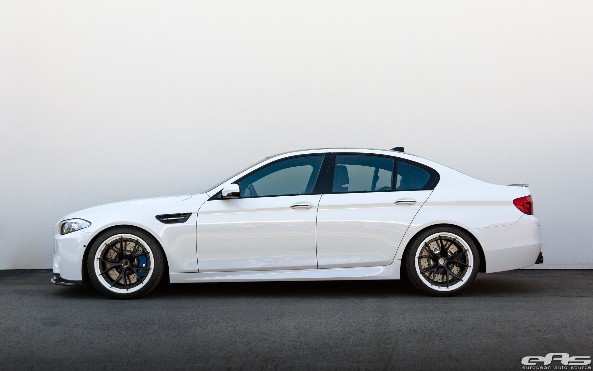 Bmw M5 On Hre Wheels Looks Like An Early 1920s Gangster
